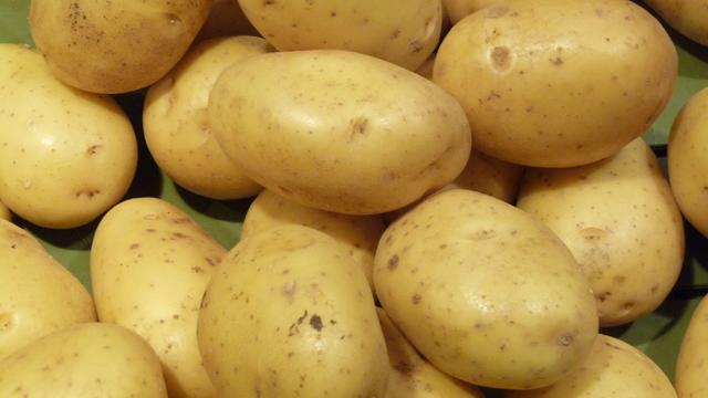 Mona Lisa potatoes