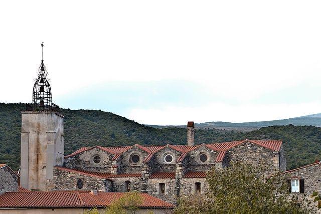 Catllar church