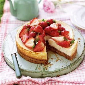 Strawberry and Vanilla Baked Cheesecake with Strawberry Crumb