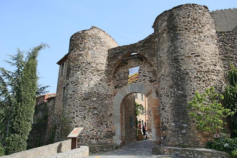 Castelnou castle