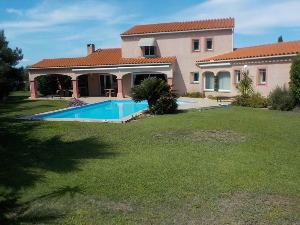 Cayrou Immobilier villa with pool