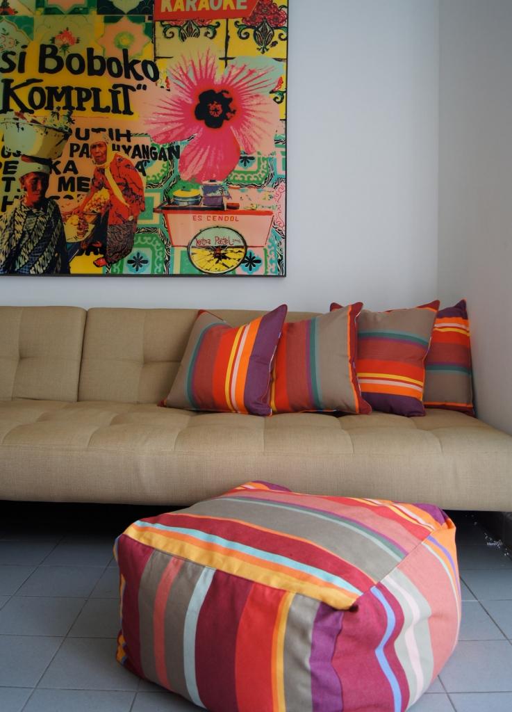 les toiles du soleil iconic fabrics p o life. Black Bedroom Furniture Sets. Home Design Ideas