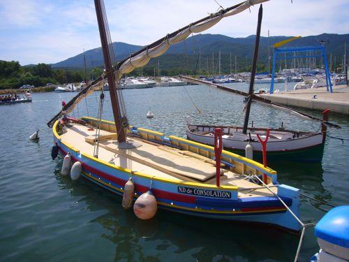 Catalan barque