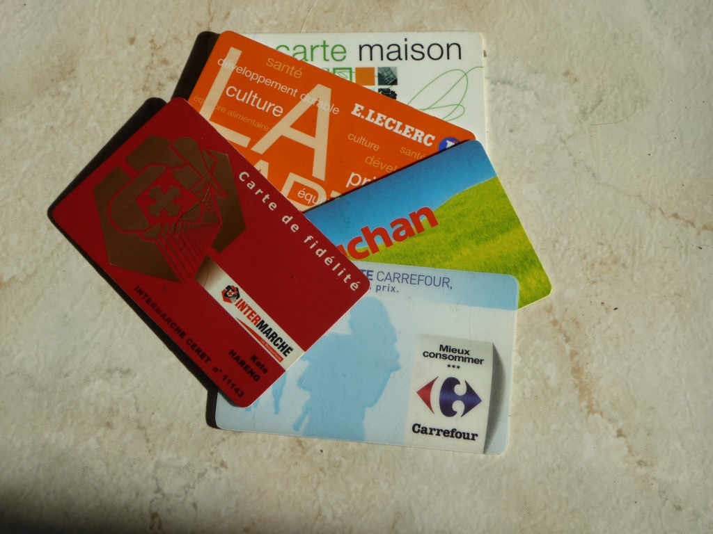 Carte Carrefour Date Limite.Supermarket Loyalty Cards P O Life