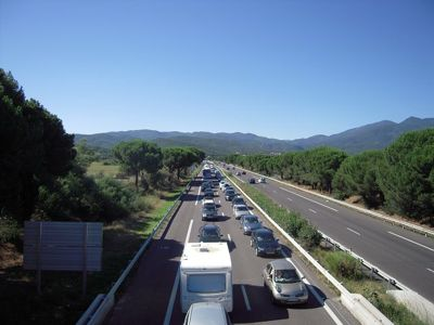 Motorway_traffic_in_August_-_Le_Boulou