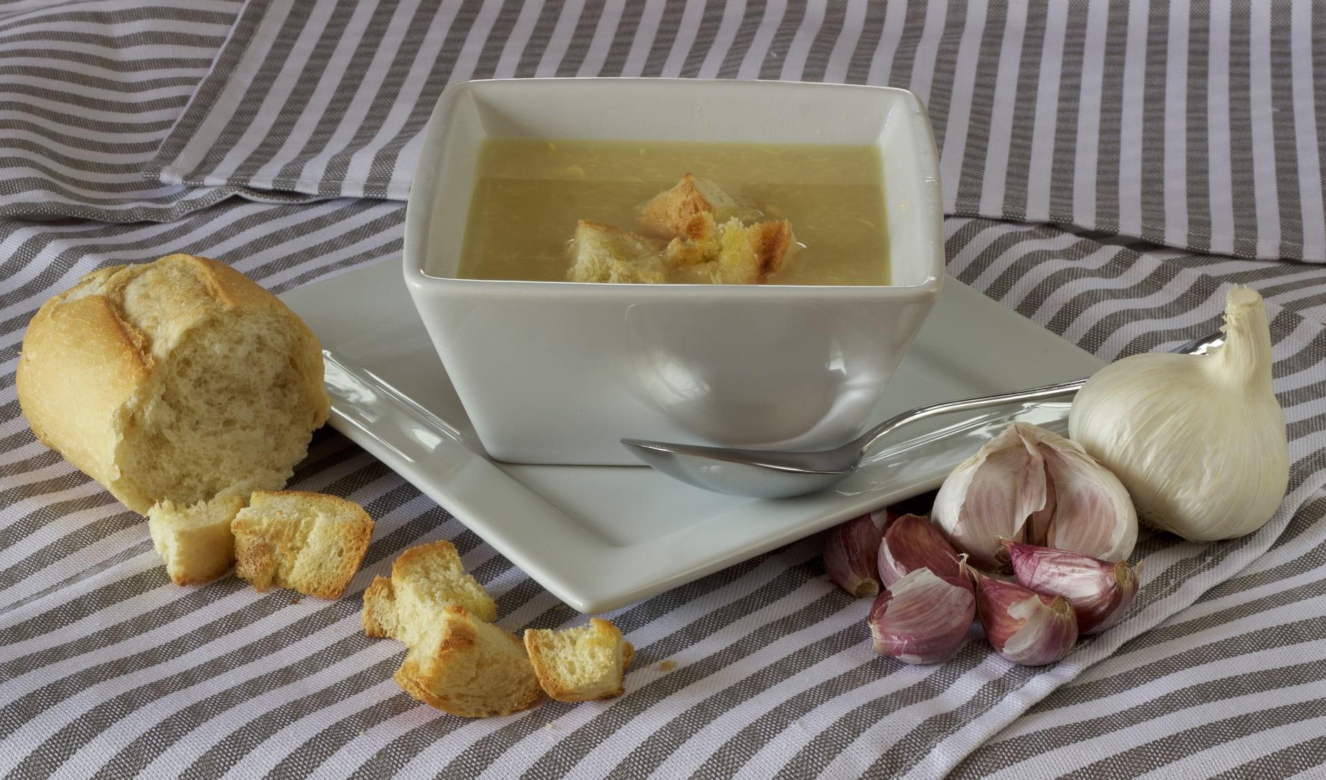 tourin ail garlic soup
