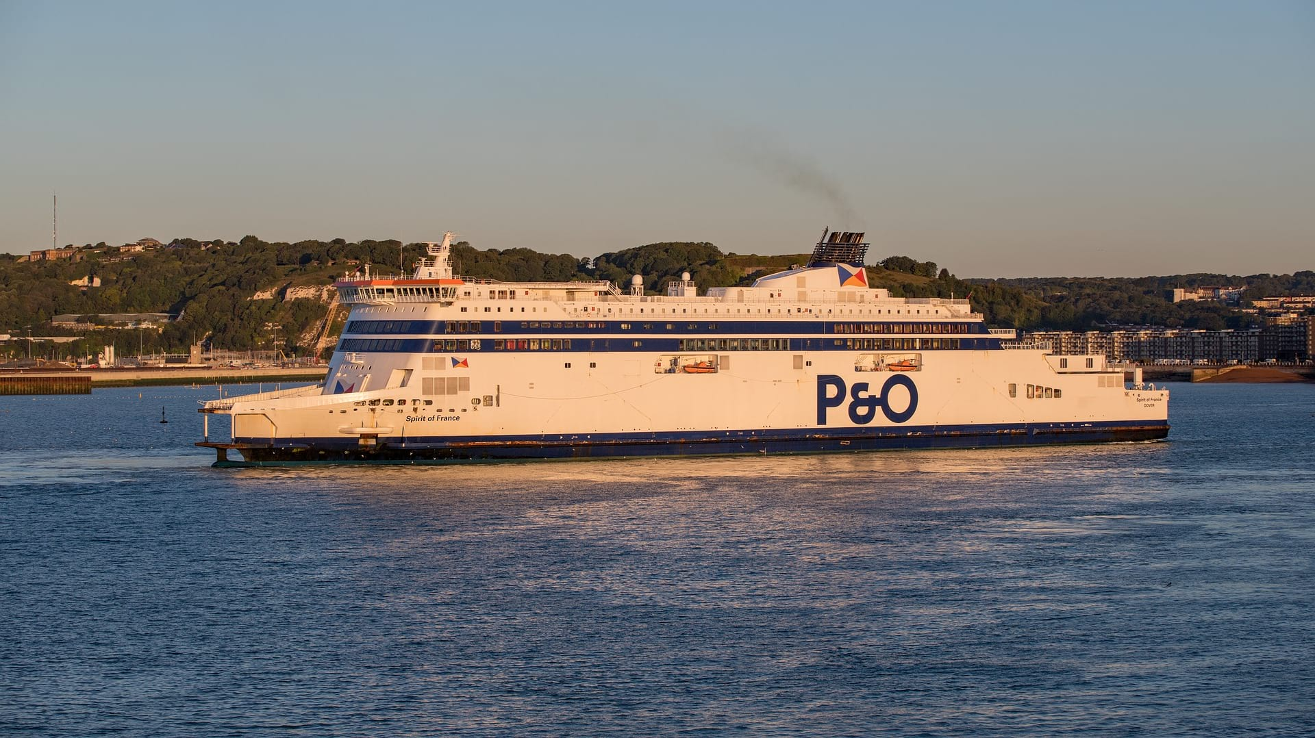 travelling dover ferry